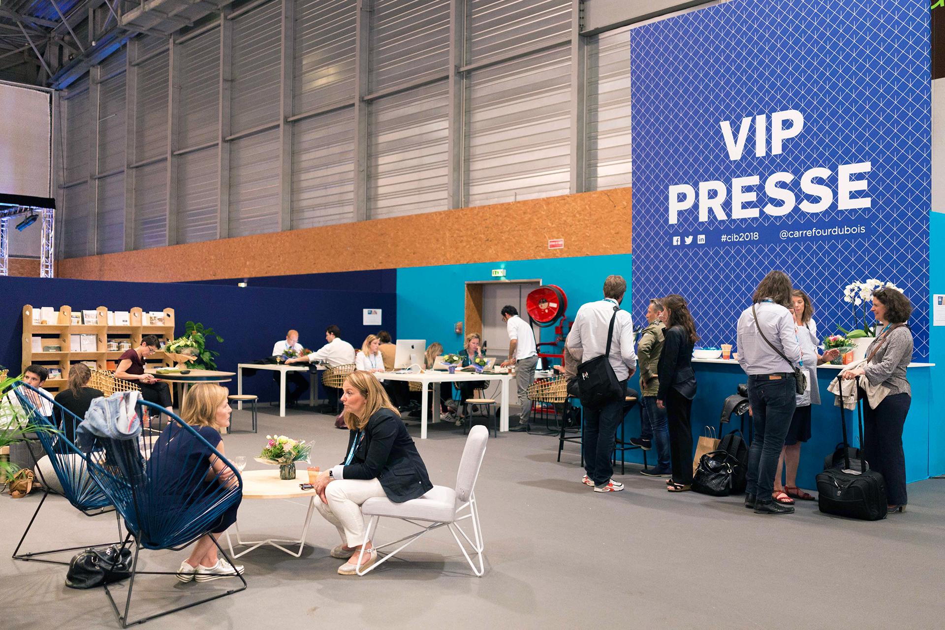 Vue ensemble Stand VIP carrefour international du Bois - 2018